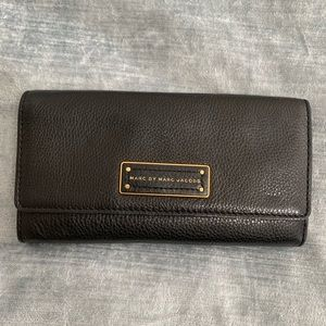 Marc by Marc Jacobs trifold leather black wallet